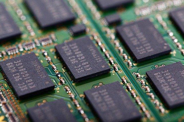 jak sprawdzić parametry pamięci ram